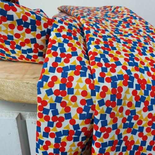 Art Gallery Fabrics Premium Baumwollstoff Sisu Weiß Bunte Steine