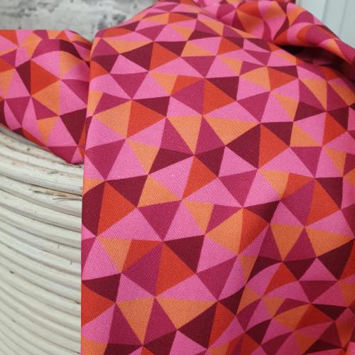 Michael Miller Baumwollstoff Dragons Rule Dreiecke Rosa Rot