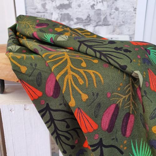 Cloud 9 fabrics Baumwollstoff Forest Jewels Fallen Fruits