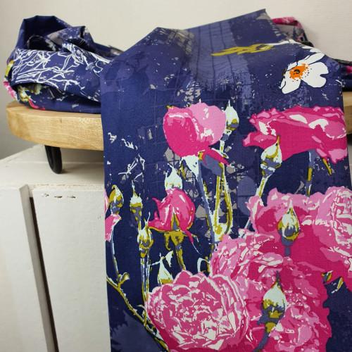 Art Gallery Fabrics Premium Baumwollstoff Grid Lila Große Blumen