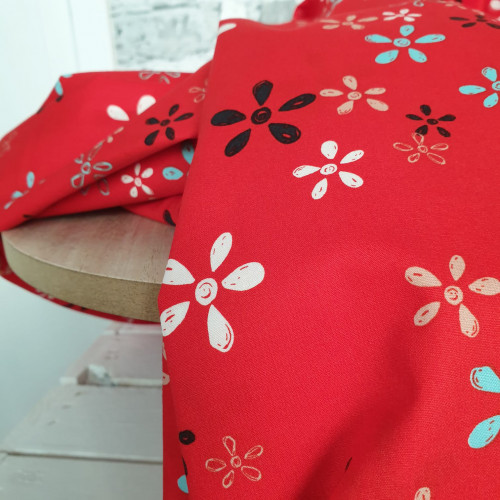 Art Gallery Fabrics Premium Baumwollstoff Sisu Rot Bunte Blume